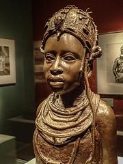Bronze Sculpture of Ideal Benin Woman by Osaize Omodamwen Nigeria 1984 CE (mharrsch) Tags: africa portrait sculpture woman statue female bronze washingtondc smithsonian nigeria nationalmuseumofafricanart mharrsch idealbeninwoman osaizeomodamwen