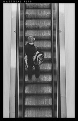 Upward (mripp) Tags: city urban art up zeiss 35mm movement chairs kunst sony escalator move treppe stadt auf upward aufwrts hinauf rx1rii