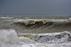 Breaking Waves - please use the magnifier ;-) (PhilDL) Tags: sea storm nature weather seaside waves seasons south southcoast seashore hightide breaking raging southamptonwater stormimogen