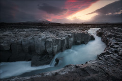 [ ... in the beginning ] (D-P Photography) Tags: morning blue light red sun mountain snow storm sunrise canon river landscape island iceland mood stones glacier landschaft basalt feisol leefilters dpphotography dennispolkläser
