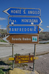 """monte_sant_angelo_schild • <a style=""""font-size:0.8em;"""" href=""""http://www.flickr.com/photos/137809870@N02/25054845529/"""" target=""""_blank"""">View on Flickr</a>"""