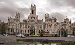 Palacio de Cibeles... (Leo ) Tags: madrid plaza arquitectura fuente cibeles ayuntamiento palacio comunicaciones eclctico neoplateresco antoniopalaciosramilo