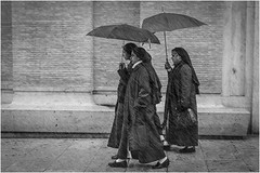 Nuns in the Rain (Jistfoties) Tags: blackandwhite rome monochrome rain candid nuns canon24105f4 canon7d rome2016