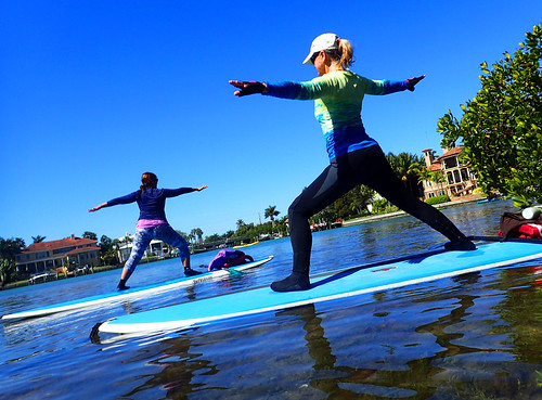 2_28_16 Paddleboard Yoga teach trainiing SRQ 11