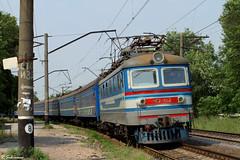 "UZ ChS2-642 ( 83 ""Azov"" Kiev - Mariupol), Mariupol - Sartana, 2010/07/11. (lg-trains) Tags: trains ukraine ukrainian railways trainspotting skoda uz mariupol koda  donbass    2"