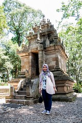 Cangkuang (M Arief Wibowo) Tags: indonesia temple westjava kampung hindu hinduism kampong garut candi sunda traditionalvillage sundanese tasikmalaya jawabarat cangkuang kampungnaga kampungpulo traditionalcommunity