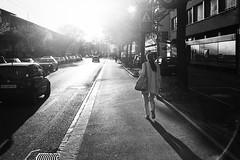 Kreis9 (gato-gato-gato) Tags: street leica bw white black classic film blanco monochrome analog 35mm person schweiz switzerland flickr noir suisse strasse zurich negro streetphotography pedestrian rangefinder human streetphoto manual monochrom zrich svizzera weiss zuerich blanc m6 manualfocus analogphotography schwarz ch wetzlar onthestreets passant mensch sviss leicam6 zwitserland isvire zurigo filmphotography streetphotographer homedeveloped fussgnger manualmode zueri strase filmisnotdead streetpic messsucher manuellerfokus gatogatogato fusgnger leicasummiluxm35mmf14 gatogatogatoch wwwgatogatogatoch streettogs believeinfilm tobiasgaulkech