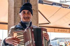 Msico callejero (emosqueira) Tags: espaa corua arte galicia es anciano msica acorua acorden lamarina edades
