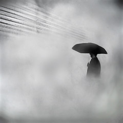lost in the fog (fifich@t-Franise-growing physical disability) Tags: bw france building silhouette fog umbrella square lost fineart surreal grayscale iledefrance brouillard minimalist symbolic greyscale parapluie swansong monochromephotography hautsdeseine sep2 nikond300 bestcapturesaoi elitegalleryaoi fificht frs easterday2016 easterday2016crisis blackwhiteelegance