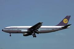 D-AIBC Airbus A.300B4-2C Lufthansa (pslg05896) Tags: lhr egll london heathrow daibc airbus a300 lufthansa