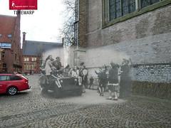 De bevrijding van Alkmaar 1945 (Regionaal Archief Alkmaar) Tags: jeep ww2 alkmaar timewarp secondworldwar rephotography bevrijding toenennu tweedewereldoorlog