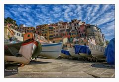 manarola couleur (cbat2007) Tags: village couleurs sony bleu ciel contraste terre manarola italie cinque barques