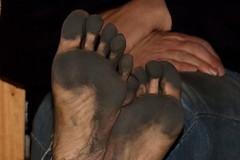 dirty party feet 557 (dirtyfeet6811) Tags: feet barefoot soles dirtyfeet partyfeet dirtysoles blacksoles