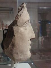 Stone Gaze (failing_angel) Tags: usa newyork manhattan 5thavenue metropolitanmuseumofart 290515