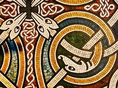 Sipal Honan, Corcaigh (Rhisiart Hincks) Tags: ireland church floor mosaic cork iglesia kirche chapel chiesa celtic eliza glise corcaigh kirik  knotwork corc capel iwerddon celtaidd eglwys banyia  ire  esglsia iliz llawr eaglais irsko eirinn  baznca glisa biseric iwerzhon   eglos marelladur mozaiko caibeal mosig clymwaith iwerdhon anyia urlr