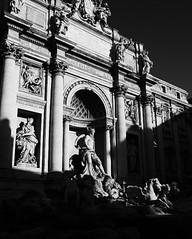 6tag_300416-191456 (regyll) Tags: roma trevifountain fontanaditrevi