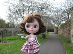 Riverside, Abbey Park (Calendar girl 48 / grannygreen) Tags: trees jessica earlyspring abbeypark blythedolls