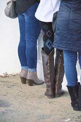 2016-01-08 (9) boots at Laurel Park (JLeeFleenor) Tags: girls woman outside outdoors photography donna md shoes boots photos femme mulher maryland jeans footwear frau vrouw dona laurelpark wanita  tightjeans   kneehigh kvinne   nainen kobieta footgear   kvinde ena  kvinna kadn n lamujer     marylandracing ngiphn