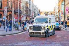 PSNI - Armoured Land Rover Pangolin - Tactical Support Group (Agent Tyler Durden) Tags: police belfast policecar emergency landrover pangolin emergencyvehicle psni emergencyservice belfastcity policeservicenorthernireland policelandrover psnilandrover landroverpangolin