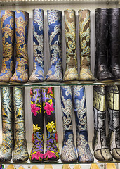 Grand Bazaar, Istanbul (Hans van der Boom) Tags: vacation holiday turkey shoes boots market many grand istanbul footwear colourful bazaar tr accumulation 2015 lvisualcollection