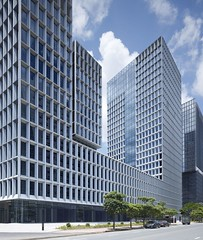 IT-центр Shenzhen Software Industry Base в Шэньчжэне от gmp Architekten