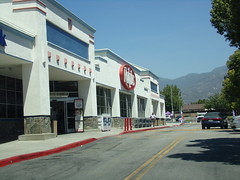 Ralph's San Bernardino, CA (COOLCAT433) Tags: ca by is san university owned ralphs kroger bernardino 4444 pkwy