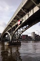 La Passerelle (Lige 2016) (LiveFromLiege) Tags: bridge river ponte pont mosa maas liege luik meuse fleuve lige passerelle lieja lttich liegi pitonnier pietonnier