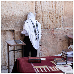 Western Wall - Jerusalem (Simone Seymons) Tags: muro wall israel jerusalem prayer western jewish westernwall israele gerusalemme kippah preghiera pianto ebrei murodelpianto