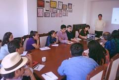 Reunión de trabajo con integrantes de la sociedad civil.