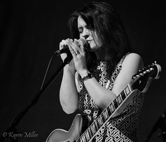 Emma Pollock (kfjmiller) Tags: blackandwhite music monochrome musicians performance bbc cca celticconnections 2016 liveevent chemikalunderground emmapollock bbcradioscotland silverefexpro2 quaysessions