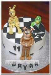 Five Nights at Freddy's (Dolcegacreations) Tags: chica horror bonnie videogame freddy animatronics orrore pdz sugarpaste pastadizucchero dolcegacreations wwwdolcegacom fivenightsatfreddys freddyfazbear dolcega