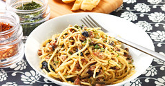 19 Surprisingly Delicious Meals You Can Make With Tuyo (Tota_Monmon) Tags: dinner dessert lunch philippines pasta snacks recipes sardines tuyo intlops buzzfeedphilippines