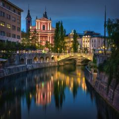 TRIPLE BRIDGE (Titanium007) Tags: reflection church night river slovenia citylights ljubljana romantic bluehour slovenija balkans charming oldtown easterneurope ljubljanica reka triplebridge tromostovje bluehourphotography
