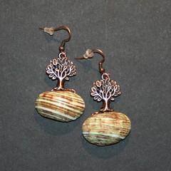 terre (fabrikarine) Tags: fleur vintage collier bijoux plastic boucle fou cuivre doreille