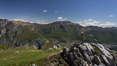 Monte Moregallo (emanuel.foglia) Tags: panorama primavera landscape italia lombardia montano paesaggio lecco croce resegone valmadrera moregallo nikkorafs18105 d7200