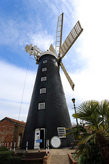Waltham Windmill, Lincolnshire (Richard Brothwell) Tags: windmill windmills lincolnshire waltham canonefs1022mmf3545usm efs1022mmf3545usm canoneos70d canon70d richardbrothwell