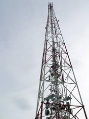 Jeden z masztw na Chemcu (Polek) Tags: tower architecture europa europe poland polska structure sudety architektura lowersilesian budowla chemiec publiczne dolnoslaskie wieza masywczeski sudetysrodkowe gorywabrzyskie masywchemca
