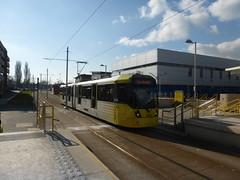 Cornbrook-bound tram (Day 130 of 366) (Gene Hunt) Tags: geotagged 3008 2016 wythenshawe m5000 greatermanchester metrolinktram project366 tfgm manchesterm22 panasonicdmctz35 wythenshawetowncentremetrolinkstation 201516yip
