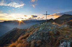Cima del Cornabecco, Valsessera (Simone Xausa) Tags: montana tramonti paesaggi montebarone valsessera cornabecco montagnebiellesi
