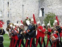 Guards_30-03-2016_L (HeyWayne) Tags: uk castle windsor guards berkshire eton lifeguards grenadierguards householdcavalry irishguards scotsguards coldstreamguards bluesandroyals welshguards guardmounting householdtroops