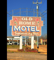 Old Home Motel sign - Adamsville, TN (J.L. Ramsaur Photography) Tags: old abandoned sign rural photography photo nikon rust tennessee neglected rusty pic faded photograph signage americana weathered thesouth oldsign wondersofoxidation fadedsignage ghostsign fadedsign vintagesign ruralamerica adamsville oldsignage 2016 beautifuldecay smalltownamerica signssigns vintagesignage signcity retrosign rustystuff westtennessee ruraltennessee ruralview fadingamerica abandonedplacesandthings adamsvilletennessee vanishingamerica retrosignage oldandbeautiful ibeauty historyisallaroundus iloveoldsigns abandonedneglectedweatheredorrusty abandonedsign tennesseephotographer structuresofthesouth adamsvilletn southernphotography screamofthephotographer jlrphotography photographyforgod fadedghostsign iseeasign it'sasign d7200 oldhomemotel engineerswithcameras jlramsaurphotography nikond7200 americanrelics it'saretroworldafterall oldhomemotelsign