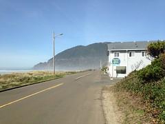 Street Length View (malchats) Tags: ocean road beach oregon manzanita oceanroad