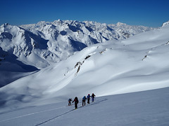 06 An early start & great views (David Roberts 01341) Tags: winter snow mountains schweiz switzerland skiing suisse freeride skitouring offpiste horspiste skirandonnee