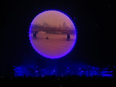 David Gilmour - David Jon Gilmour, Phil Manzanera, Guy Pratt, Jon Carin, Kevin McAlea, Steve DiStanislao, Theo Travis, Joo Mello, Bryan Chambers, Louise Clare Marshall & Lucita Jules (Peter Hutchins) Tags: pink moon ny newyork david dark jon clare phil side steve pinkfloyd marshall bryan louise travis jules theo floyd madisonsquaregarden chambers joo mello gilmour davidgilmour manzanera philmanzanera theotravis lucita stevedistanislao distanislao joomello louiseclaremarshall davidjongilmour bryanchambers lucitajules