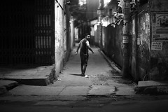 Batcha Returns (N A Y E E M) Tags: street raw availablelight earlymorning latenight return unposed untouched bartender bangladesh carwindow shah farouq unedited chittagong sooc chatteshwariroad djbatcha rinckon
