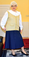 Ingrid021878 (ibach411) Tags: skirt blouse mature button waistcoat bluse pleated weste faltenrock durchgeknpft