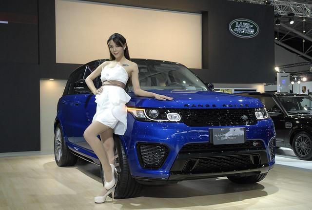 Land Rover-1