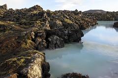 Islande (Megane Dftn) Tags: blue sea mer lake beach landscape volcano waterfall north lac reykjavik vik arctic geyser viking paysage cascade plage geysir gullfoss seljalandsfoss nord icebergs jokulsarlon dettifoss islande arctique volcan lagon suffers snaefellsnes souffre
