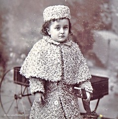 Mid 19th C. Stereo card Determined Young Girl, Dakota Territory USA. View Close up. She's one of the sweetest children in 19thC. photos you'll ever see ♡ (marianne kuzmen) Tags: stereocard dakotaterritory curlylamb wealthy blackandwhitephoto historical girl stereoview winter lamb beautiful sweet child wagon pairie small mariannekuzmen innocent cape coat adorable 19th fashion vintageportrait dakotaterritorystereocardofyounggirl mid19thcstereocardyounggirldakotaterritoryusaviewcloseup capeandcoat 19thclittlegirlincurlylambwithmatchinghat vintage