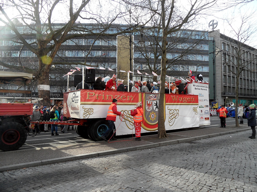The World S Newest Photos Of Karneval And Wagen Flickr Hive Mind
